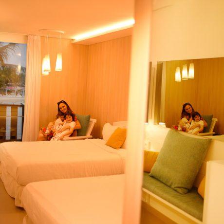 La Creole Beach and Spa Guadeloupe chambre lit (6)